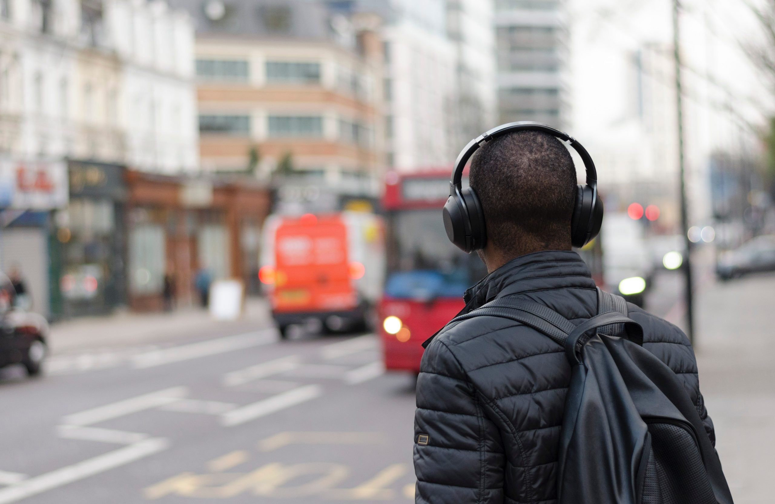 The 5 Best Personal Audio Gear for the Holidays